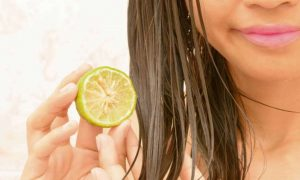 Easy Method To Lighten Hair With Lemon Juice!